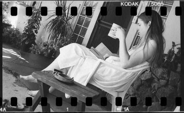 angelina_reading