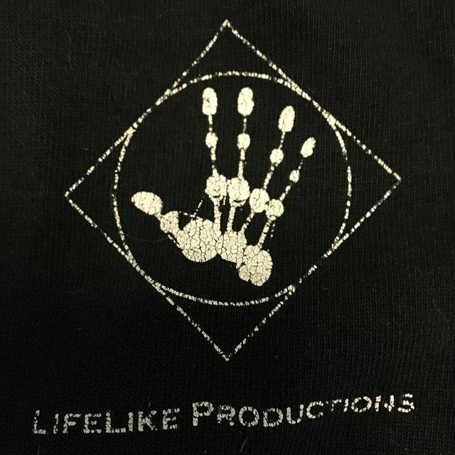 lifelike-tee
